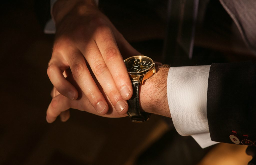 5 Remarkable Men's Accessories to Improve a Luxury Lifestyle