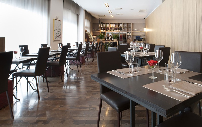 Enjoy the 10 Best Fine and Luxury Dining Restaurants in Milan Restaurants in Milan Enjoy the 10 Best Fine and Luxury Dining Restaurants in Milan Enjoy the 10 Best Fine and Luxury Dining Restaurants in Milan 4