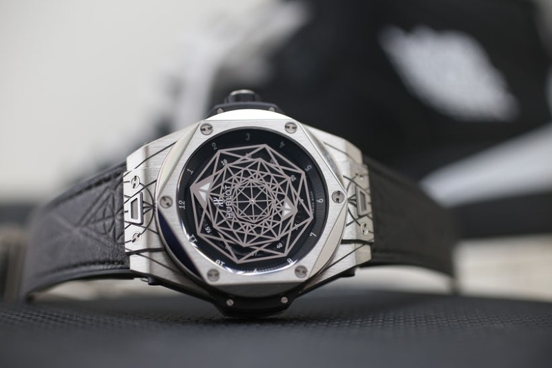 baselworld 2019 Baselworld 2019 Highlights: The 10 Best Exhibited Timepieces Hublot Big Bang Sang Bleu II