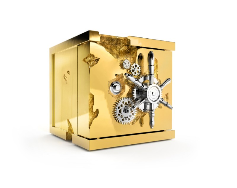 The Best of Exclusive Design: The Remarkable Millionaire Safes exclusive design The Best of Exclusive Design: The Remarkable Millionaire Safes Millionaire Watch Winder by Boca do Lobo 1
