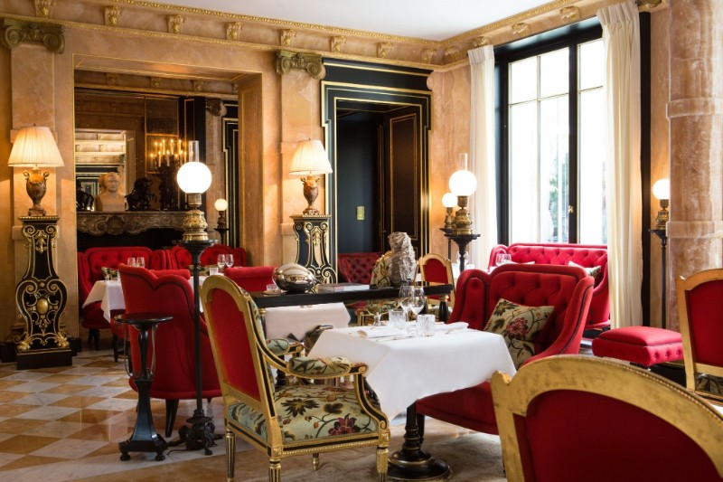 finest restaurants Get Amazed by These 5 World's Finest Restaurants La Reserve Paris Restaurant La Pagode de Cos 1