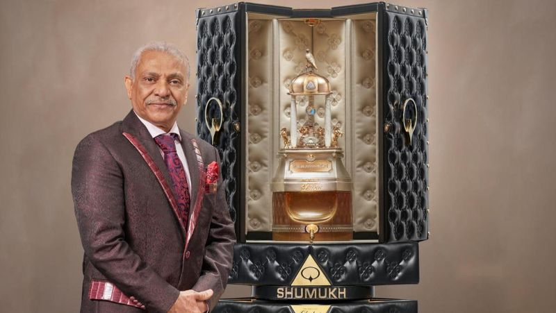 most expensive perfume in the world The Most Expensive Perfume in the world: SHUMUKH from Dubai Lf14 MAR shumukh 1