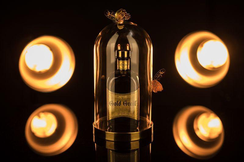 premium gin Discover the Gold Grail Gin – A Premium Gin With Notoriety a89ade64218763