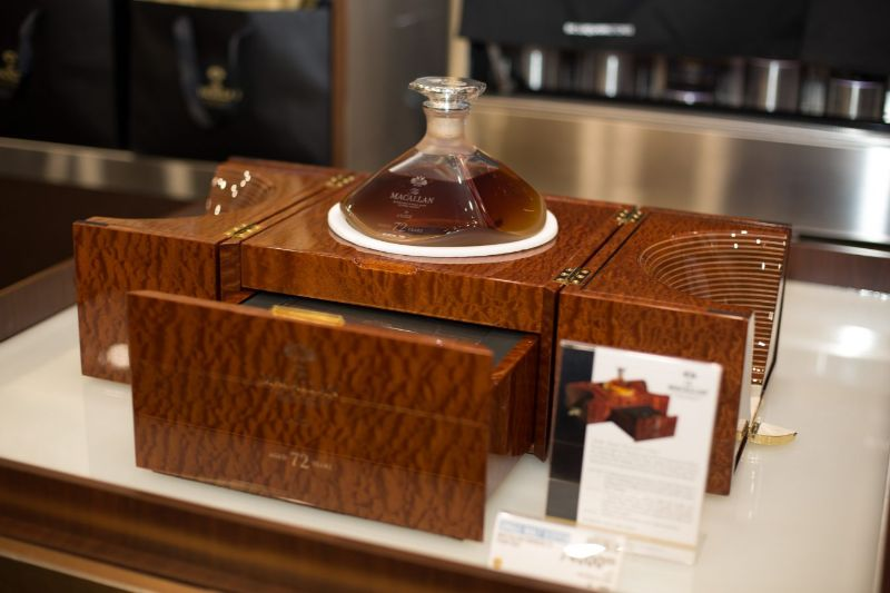 Macallan 72 Years Old – Meet This Exclusive and Rare Whiskey macallan Macallan 72 Years Old – Meet This Exclusive and Rare Whiskey 1 MACALLAN SOMBILON STUDIOS 25