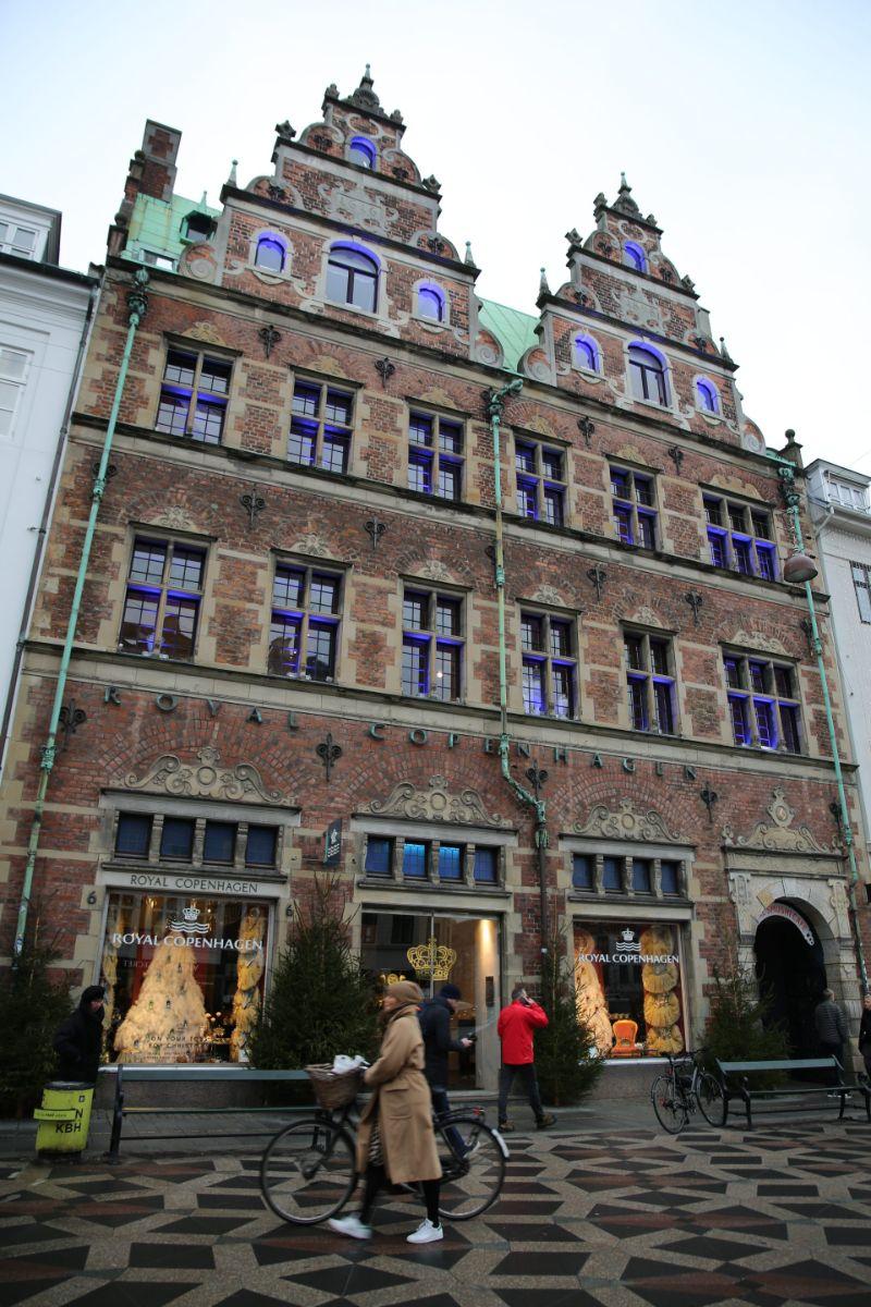 A Unique Travel To Copenhagen: Enjoy Our Rich Weekend Guide! unique travel A Unique Travel To Copenhagen: Enjoy Our Rich Weekend Guide! 106a1083 e1516004501490