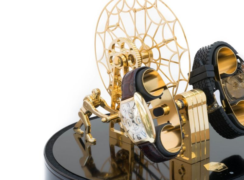watch winders Golden and Modern Watch Winders to Keep Safe Your Timepieces FerrisWheel Gold1