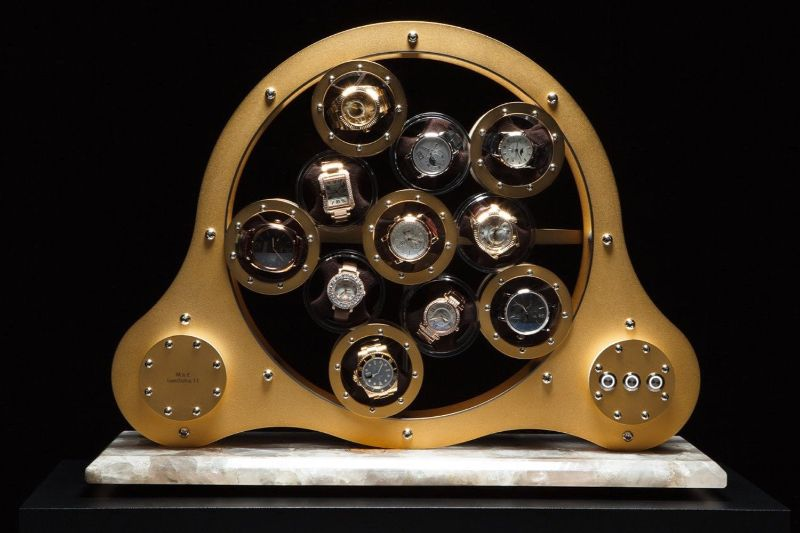 watch winders Golden and Modern Watch Winders to Keep Safe Your Timepieces Lumisidus 11 24 carat gold Watch Winder front