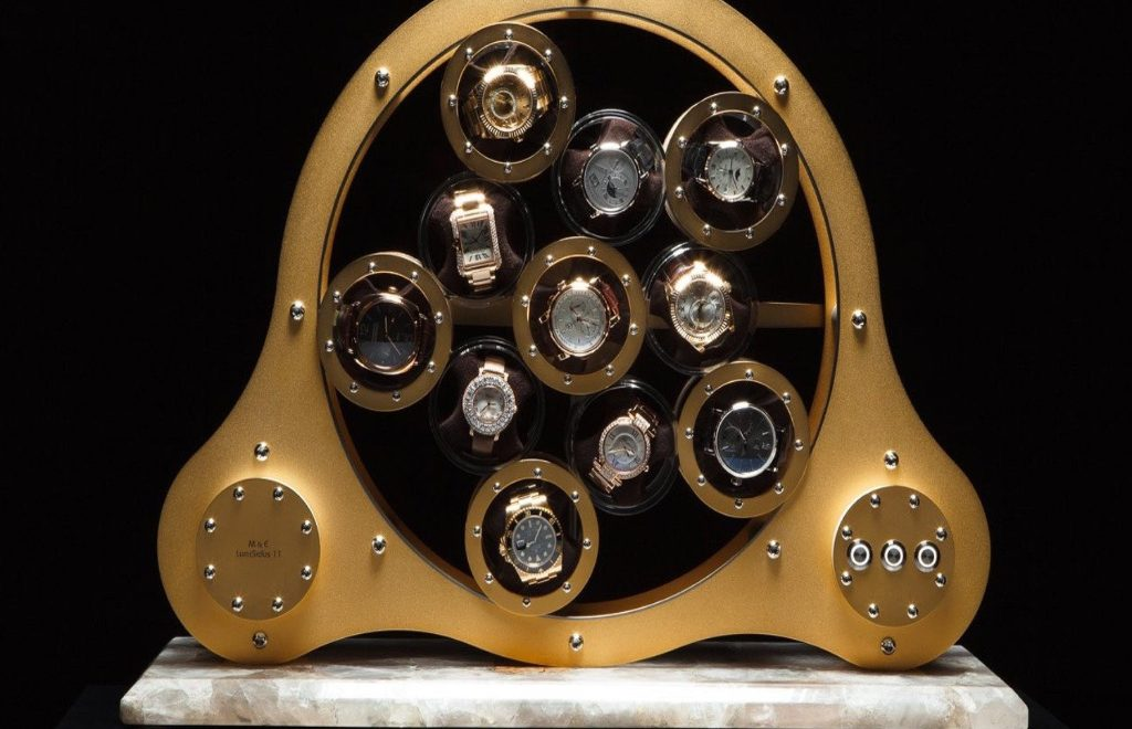 Golden and Modern Watch Winders to Keep Safe Your Timepieces