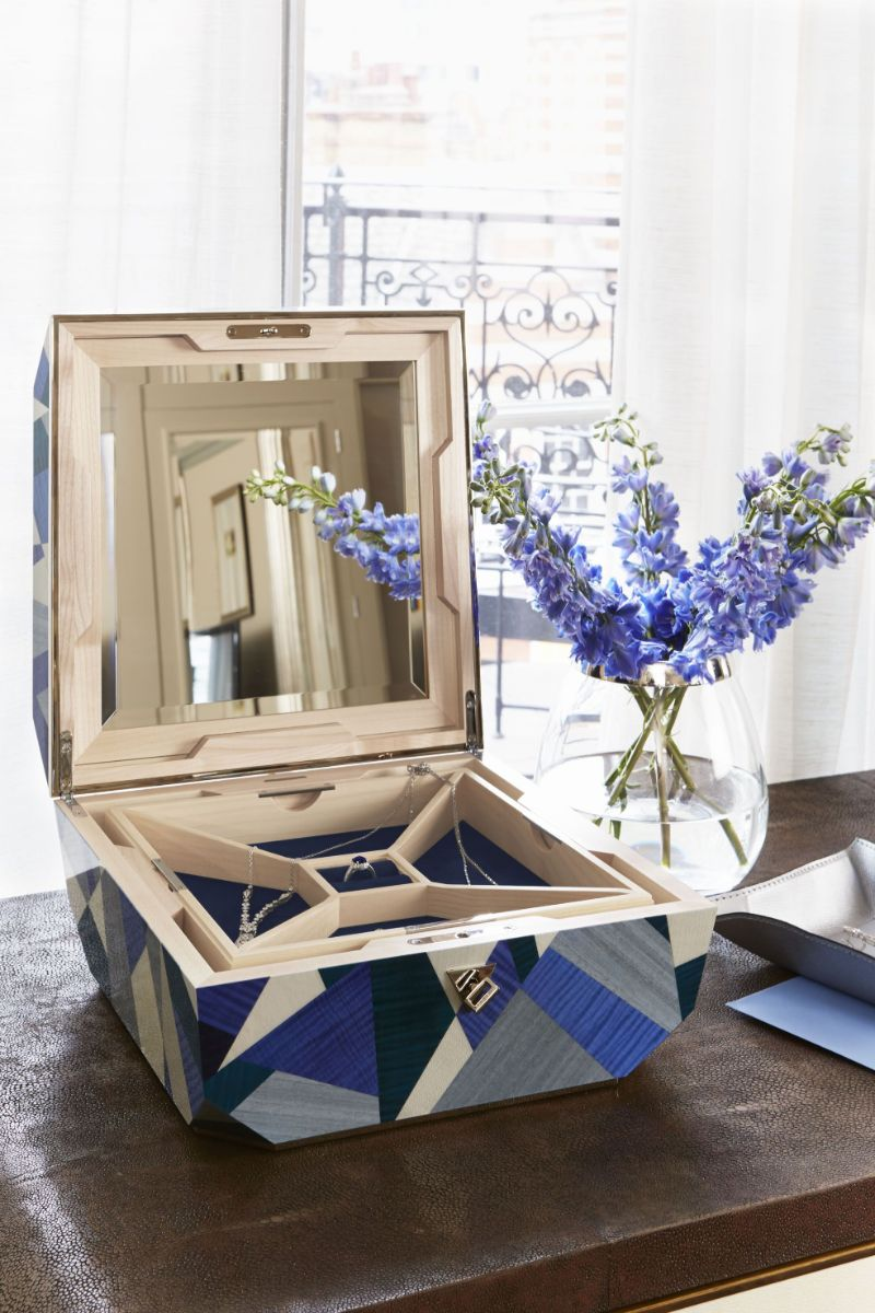10 Luxury Jewelry Cases To Keep Safe All Your Treasures jewelry cases 10 Luxury Jewelry Cases To Keep Safe All Your Treasures 10 Luxury Jewelry Cases To Keep Safe All Your Treasures 1