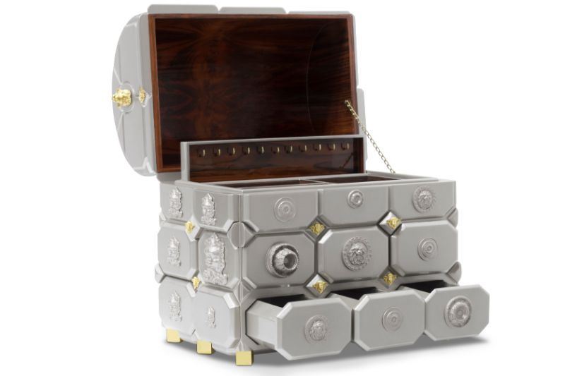 10 Luxury Jewelry Cases To Keep Safe All Your Treasures jewelry cases 10 Luxury Jewelry Cases To Keep Safe All Your Treasures maharaja2
