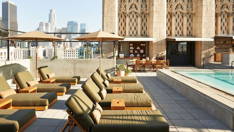 rooftop hotel bars Touching The Sky: The 5 Best Rooftop Hotel Bars in Los Angeles rs32488 ace dtla 01 11 2014 114