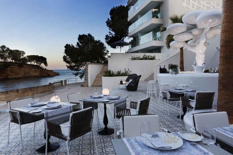 Innovative Design: Get Amazed by This Luxury Hotel by Marcel Wanders luxury hotel Innovative Design: Get Amazed by This Luxury Hotel by Marcel Wanders 1 1