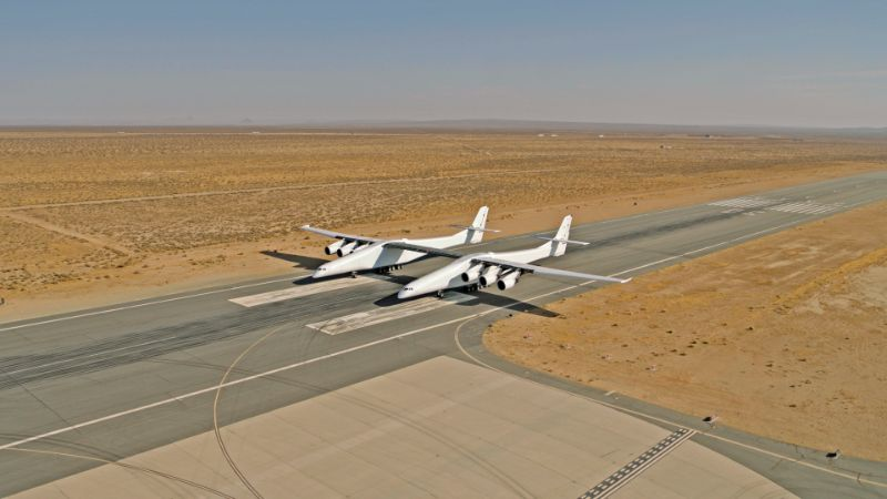 """Stratolaunch"" – The Largest Aircraft in The World stratolaunch ""Stratolaunch"" – The Largest Aircraft in The World 2018 01 28 StratolaunchAircraft 26071200028 6bbee9a16b o"