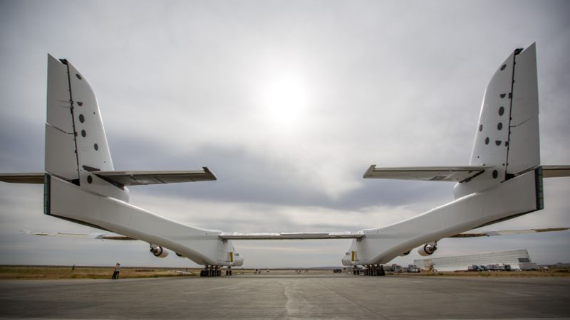 """Stratolaunch"" – The Largest Aircraft in The World stratolaunch ""Stratolaunch"" – The Largest Aircraft in The World stratolaunch back"