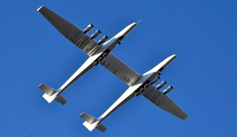"""Stratolaunch"" – The Largest Aircraft in The World stratolaunch ""Stratolaunch"" – The Largest Aircraft in The World stratolaunch00"