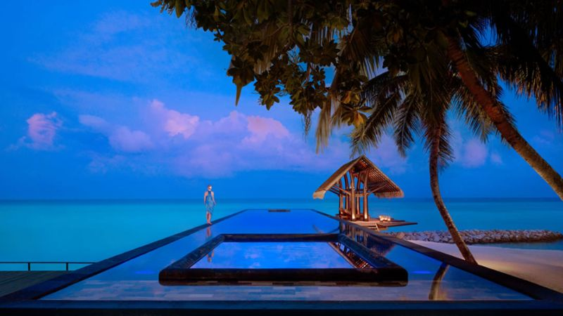 Looking For A Unique Experience? Discover These 5 Luxury Hotels! unique experience Looking For A Unique Experience? Discover These 5 Luxury Hotels! OneOnly Reethi Rah 1