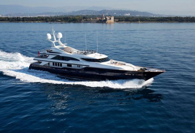 Cannes Yachting Festival 2019 - The Most Exclusive Luxury Highlights cannes yachting festival 2019 Cannes Yachting Festival 2019 – The Most Exclusive Luxury Highlights Cannes Yachting Festival 2019 The Most Exclusive Luxury Highlights 6 1
