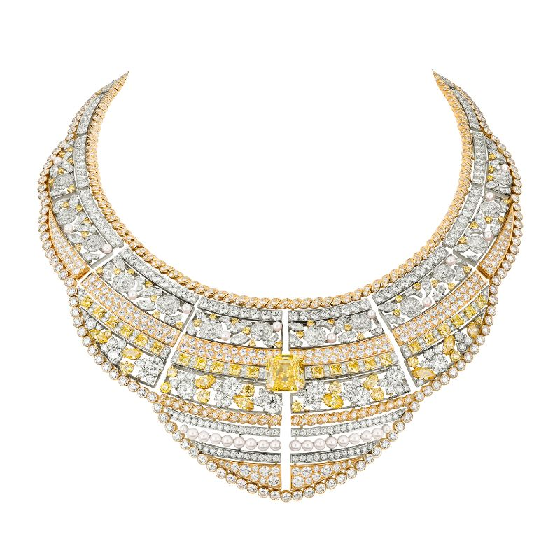 Chanel's New High Jewelry Collection Inspired By Russia's Empire chanel Chanel's New High Jewelry Collection Inspired By Russia's Empire Chanel   s New High Jewelry Collection Inspired By Russia   s Empire 6