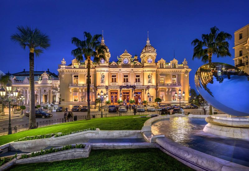 Get Amazed By These 5 Luxury Hotels in Monaco luxury hotels in monaco Get Amazed By These 5 Luxury Hotels in Monaco H  tel Hermitage Monte Carlo 1