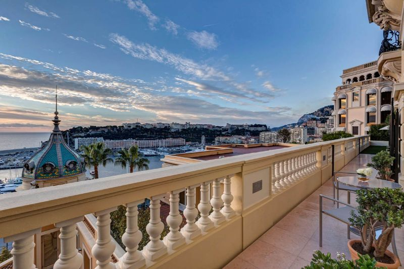 Get Amazed By These 5 Luxury Hotels in Monaco luxury hotels in monaco Get Amazed By These 5 Luxury Hotels in Monaco H  tel Hermitage Monte Carlo 3